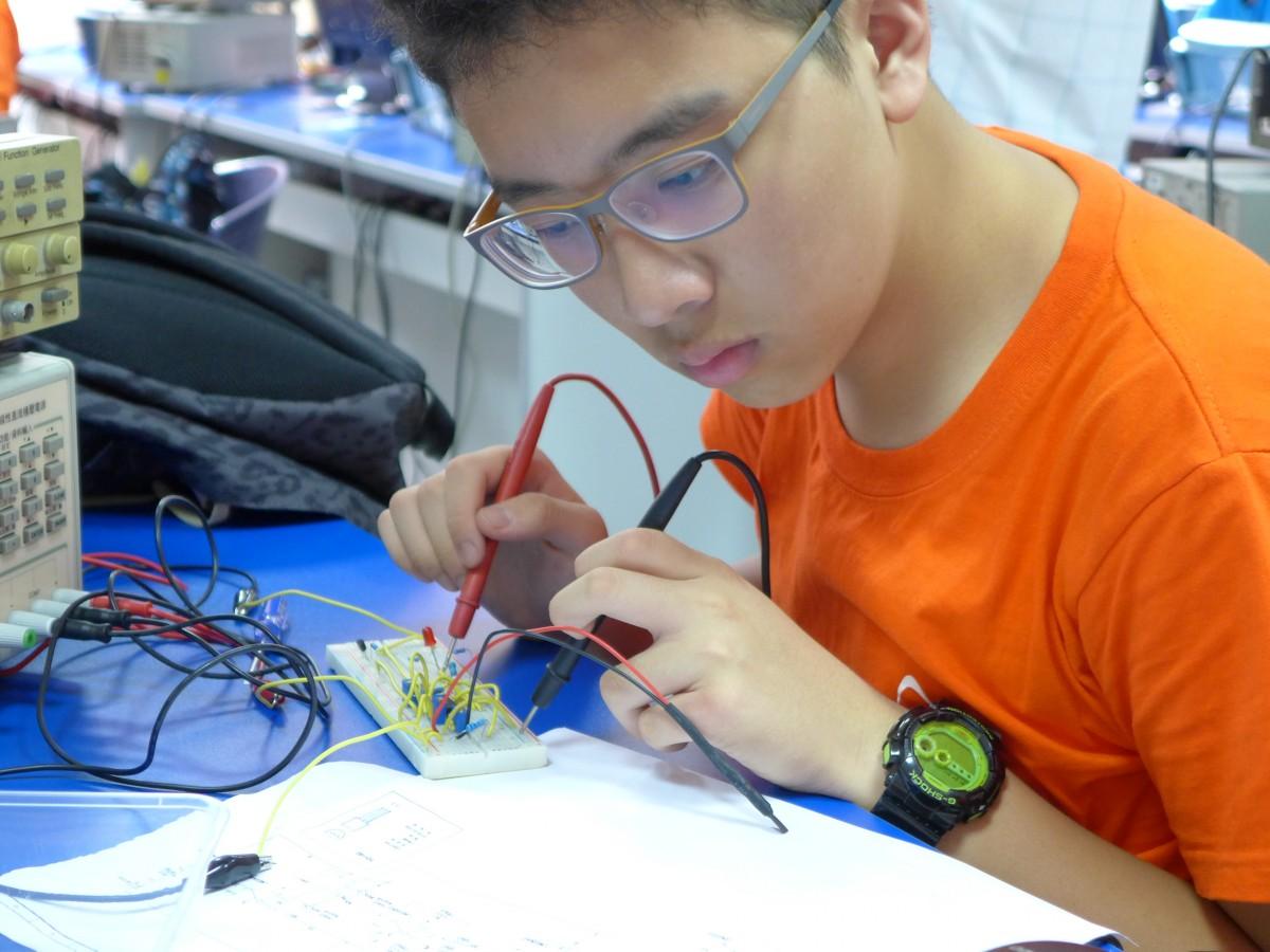 電的發現與發明 2